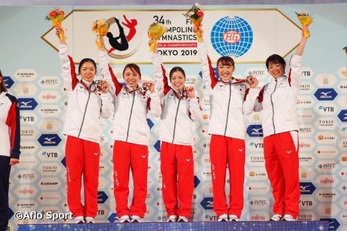 2019 トランポリン 世界選手権 女子 団体 表彰式 日本が優勝