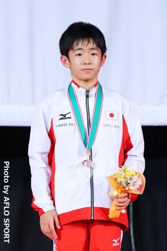 2019 トランポリン 世界年齢別競技大会 男子 個人 13-14歳 表彰式